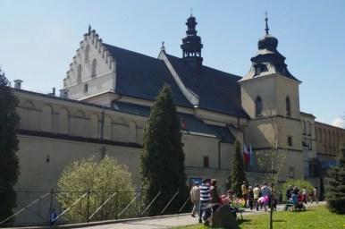 kościół świętego augustyna i jana chrzciciela oraz klasztor norbertanek na krakowskim salwatorze
