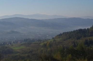 widok z bieńkowskiej góry w beskidzie makowskim na południowy zachód