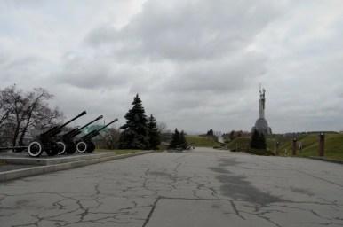 działa przy muzeum wielkiej wojny ojczyźnianej w kijowie na ukrainie