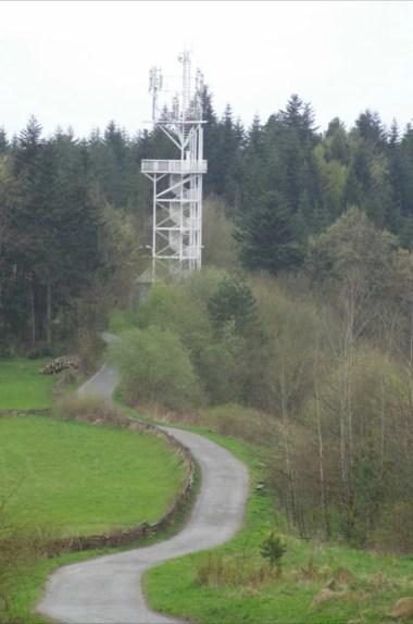 wieża widokowa na górze chełm w beskidzie makowskim
