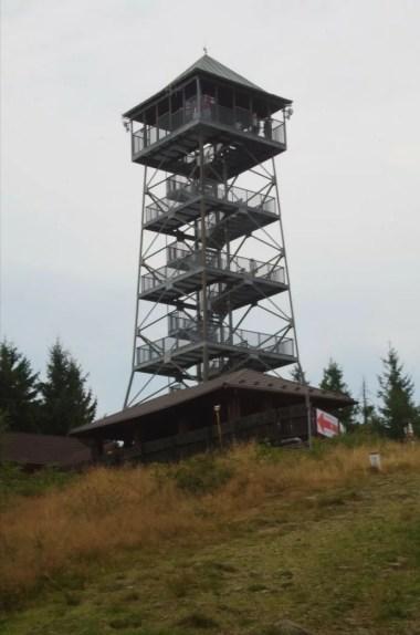 wieża widokowa na czantorii wielkiej w beskidzie śląskim