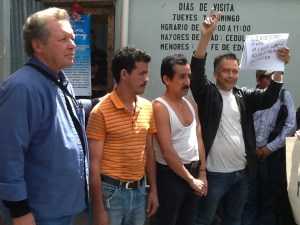 SOA Watch delegation meets with prisoners in Guatemala.