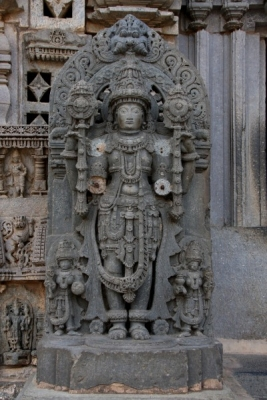 Payaniga: Somanathapura: A temple frozen in time