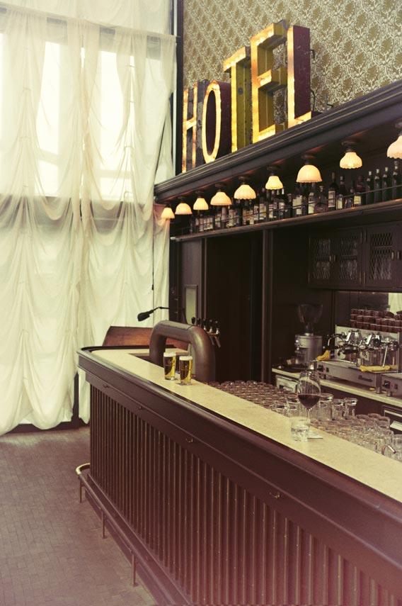 Hotel Rivington  Sons  bREANNACARLSONSTUDIO