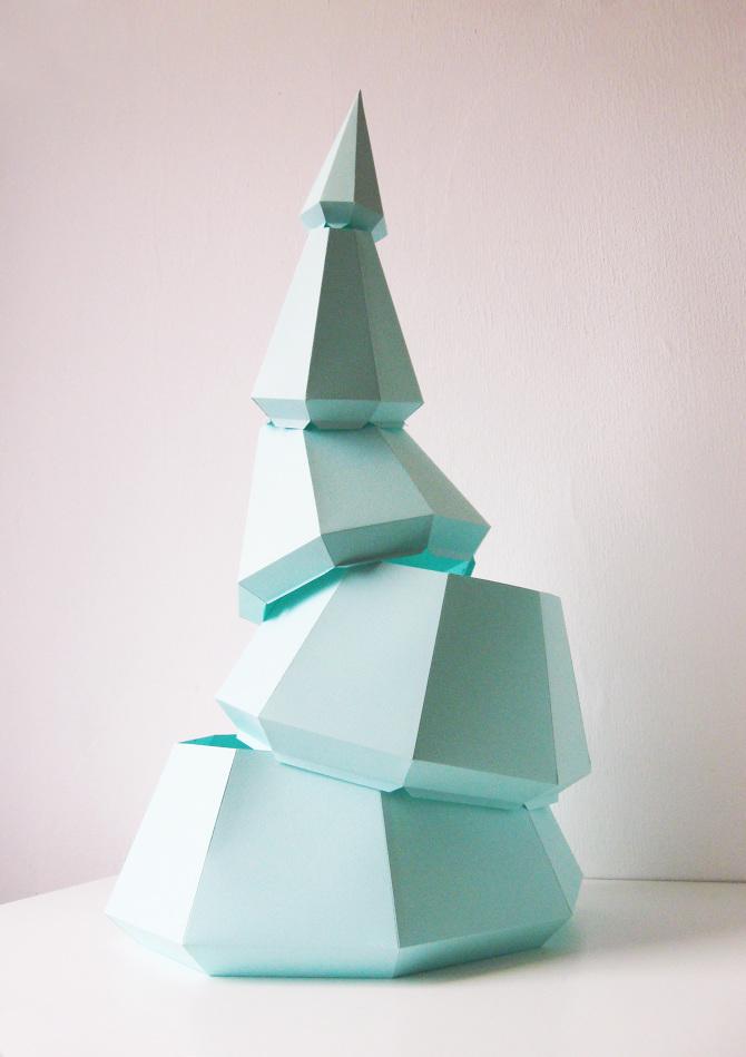 Sustainable DIY christmas tree  Assembli