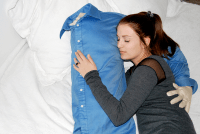 THE BOYFRIEND PILLOW - Rie Work