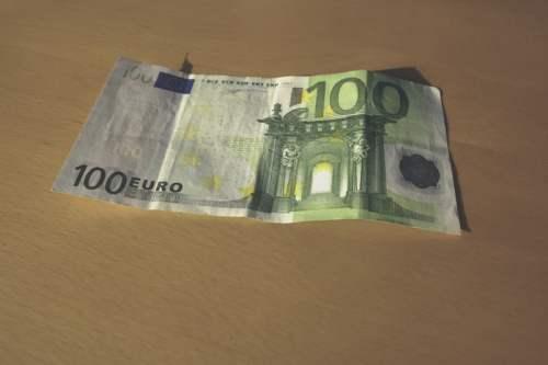 Deutschland: Bargeld lacht