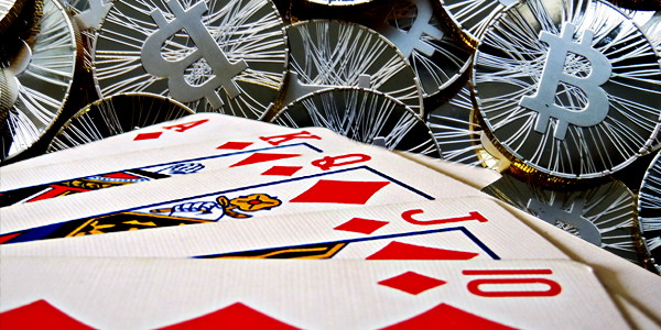 https://i0.wp.com/paymentweek.com/wp-content/uploads/2013/11/Playing-cards-and-bitcoin-copy.png