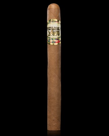 The Churchill Golden has carefully selected aged, longleaf tobaccos and is wrapped in a 5 year aged Connecticut Natural wrapper