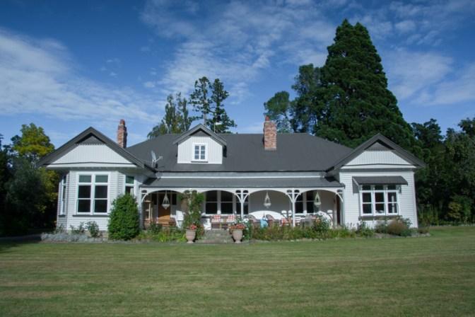 La maison de Ben et Cheryl ! http://paysansdavenir.com/portrait-dagriculteur-ben-richards-8040-moutons/