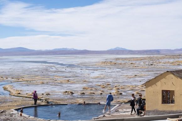 Uyuni - Les sources d'eau chaudes, un moment de bonheur dans le froid ambiant !