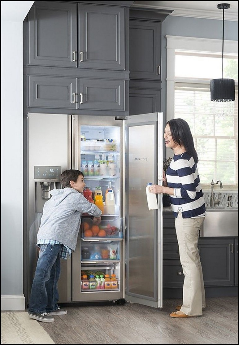 Samsung Showcase 21.5 Cu. Ft. Counter Depth Side By Side Refrigerator