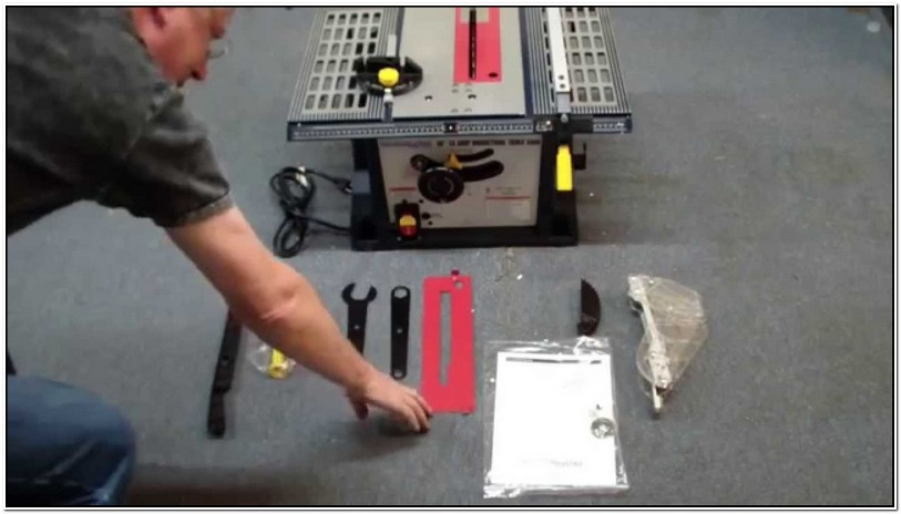 Harbor Freight Table Saw Review