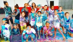 crianças do projeto social