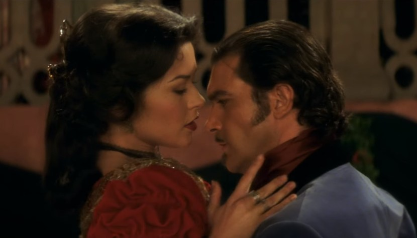 Nezapomenutelné filmové scény: vášnivý tanec spanilé Eleny a Alejandra (Zorro: Tajemná tvář)