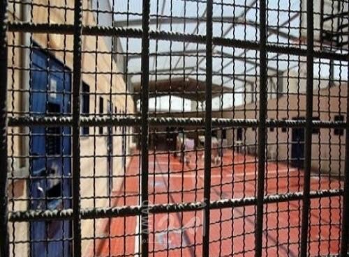 نادي الأسير: 4 أسرى يدخلون أعوامهم الـ 20 في سجون الاحتلال