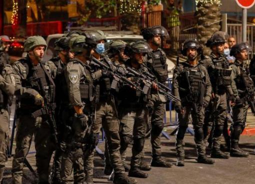 إصابات خلال اعتداء الاحتلال على الأهالي والمتضامنين في الشيخ جراح بالقدس