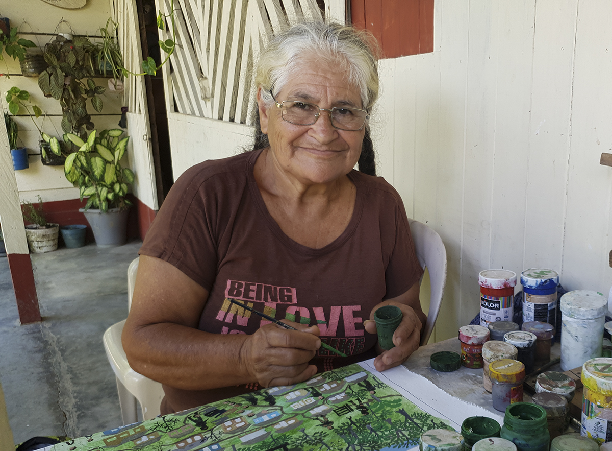 Doña Brigida and art for memory in the Peace Community