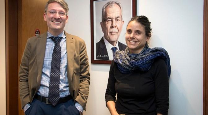 Brigadista Austriaca se reúne con consejero de la Embajada de Austria