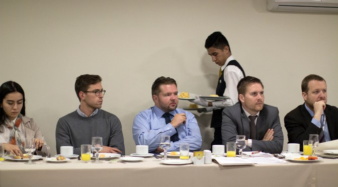 PBI reúne a representantes del cuerpo diplomático y líderes de tierra