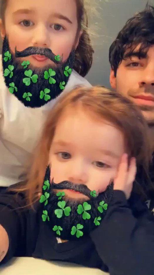 Image for the Tweet beginning: 🍀 luckiest Uncle 🍀