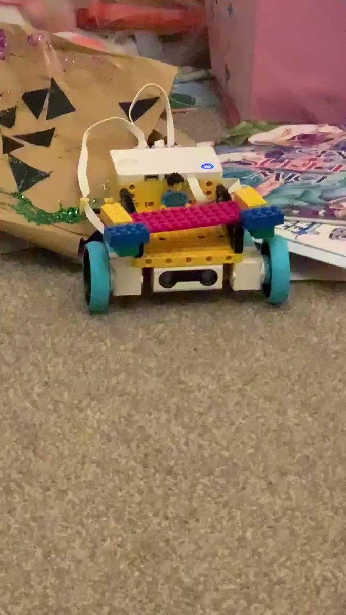 Mgj7yS56GTVwpHMa - Raising Robots - LEGO Education SPIKE Prime, MINDSTORMS & WeDo 2.0
