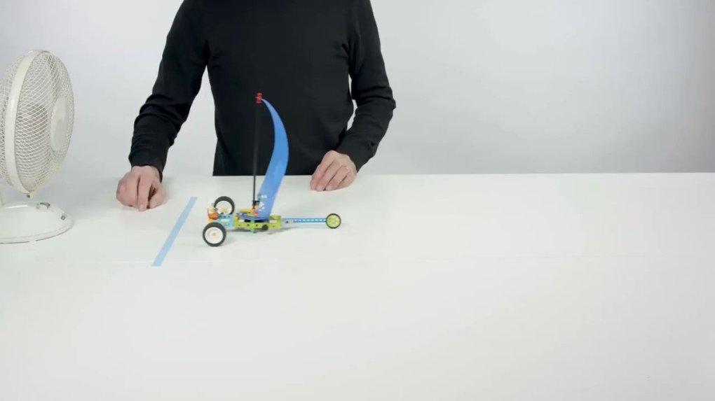 UMxuFQcd5dv54LsF - Raising Robots - LEGO Education SPIKE Prime, MINDSTORMS, BricQ and WeDo 2.0