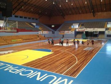 """erik carrasco on Twitter: """"Que maravilloso quedo el gimnasio monumental Hoy  a las 9 Osorno Basquetbol / BOSTON COLLEGE. Vamos con todo !!  http://t.co/wbBcVMmp"""""""