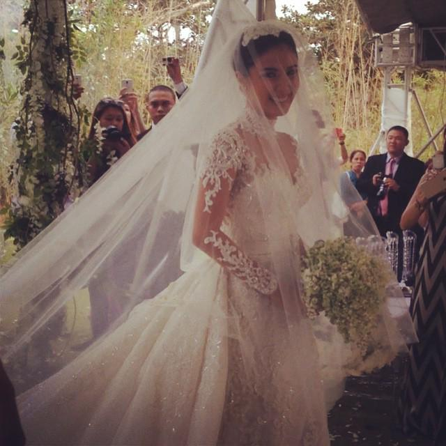 Hearts wedding gown was inspired by princess grace kelly of monaco  chizheart21515 via