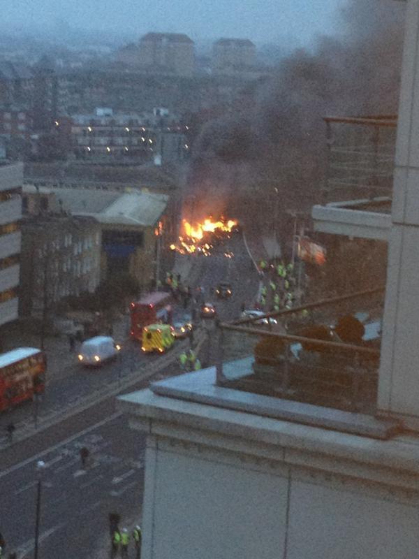 Londra: elicottero si schianta contro una gru.  (3/4)