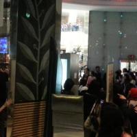 [PIC] Siwon at Bibigo Restaurant, Pacific Place, Jakarta [6P]