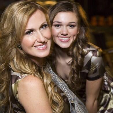 Korie and Sadie Robertson