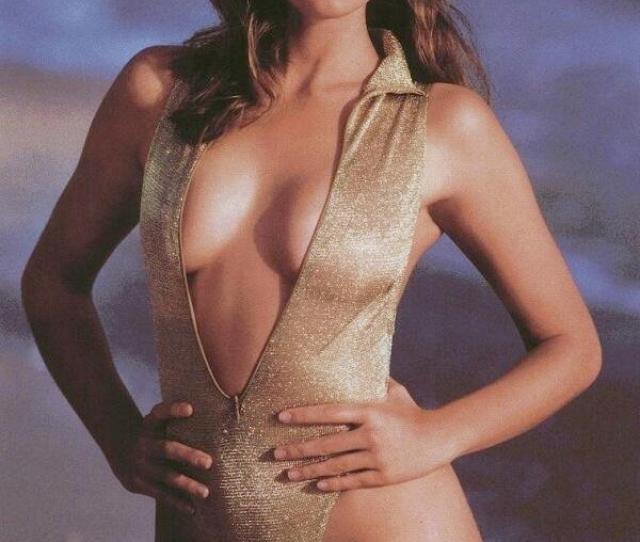 Cindy Crawford On Twitter Captain Crawford Meets The Love Boat T Co 4aorz1oqjv