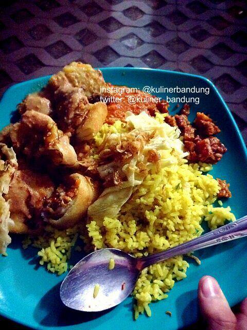 Nasi Kuning Pungkur : kuning, pungkur, Kuliner, Bandung, Twitter:,