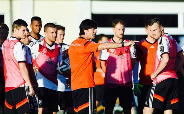 Germany in World Cup training [via DFB]
