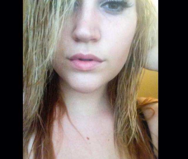 Katie On Twitter Blonde Post Shower Selfie  F F  D Blondeagain  F F  B T Co Adawytbb