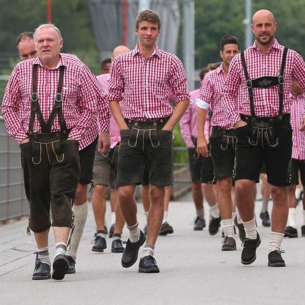 bayern munich celebrate oktoberfest
