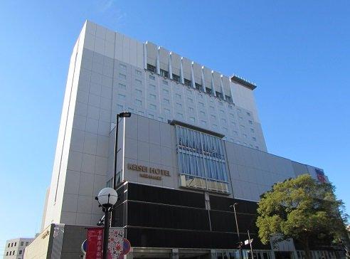 test ツイッターメディア - 【千葉県千葉市】 京成千葉中央駅直結、建物内にホンモノの映画館がある「京成ホテルミラマーレ」。素泊まりなら驚きのコスパの高さ? https://t.co/pDZukqTOal  https://t.co/MmoytFMawW
