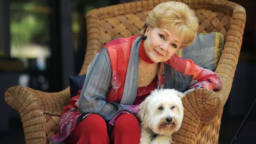 Debbie Reynolds, veteran actress and Carrie Fisher's mother, has died at the age of 84