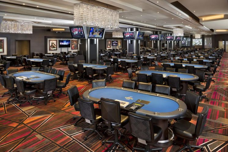 Seminole Hard Rock to christen new poker room with smashed guitar, actor Brad Garrett