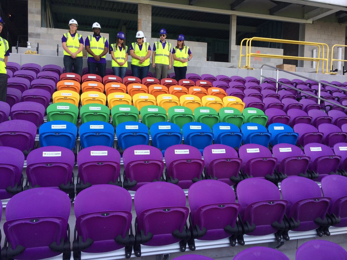 soccer team chairs restoration hardware copenhagen egg chair orlando city club honors pulse victims with rainbow
