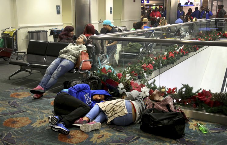 Travelers lose 25,000 items in Fort Lauderdale airport rampage