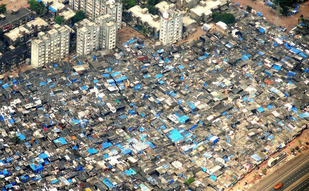 Mumbai slum uses beacons to advertise local retail market   #Tech #News #IoT