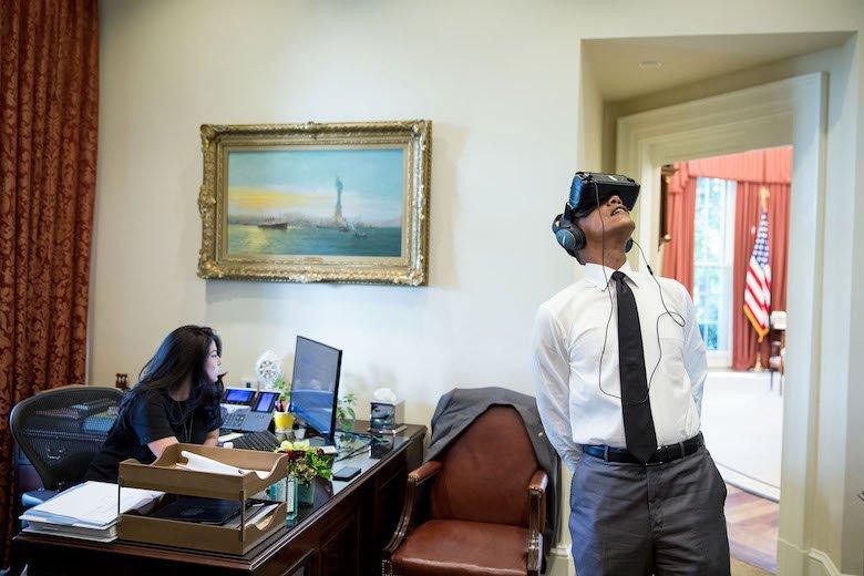Take a virtual reality tour of The White House with President Obama.
