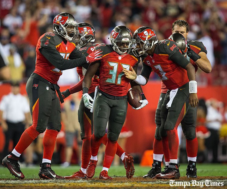 Bucs' top 10 defensive plays of 2016 season (with video).  #Bucs @TBBuccaneers @gregauman