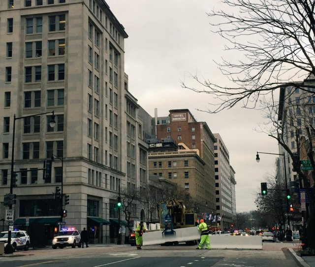 Perimeter Spreading Out Downtown Massive Closures Downtown Around Natl Mall Penn