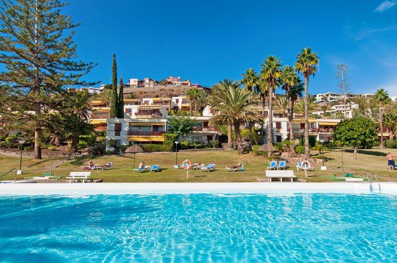 VillaGranCanariacom on Twitter Fantstico Bungalow para 6 en San Agustn  piscina compartida