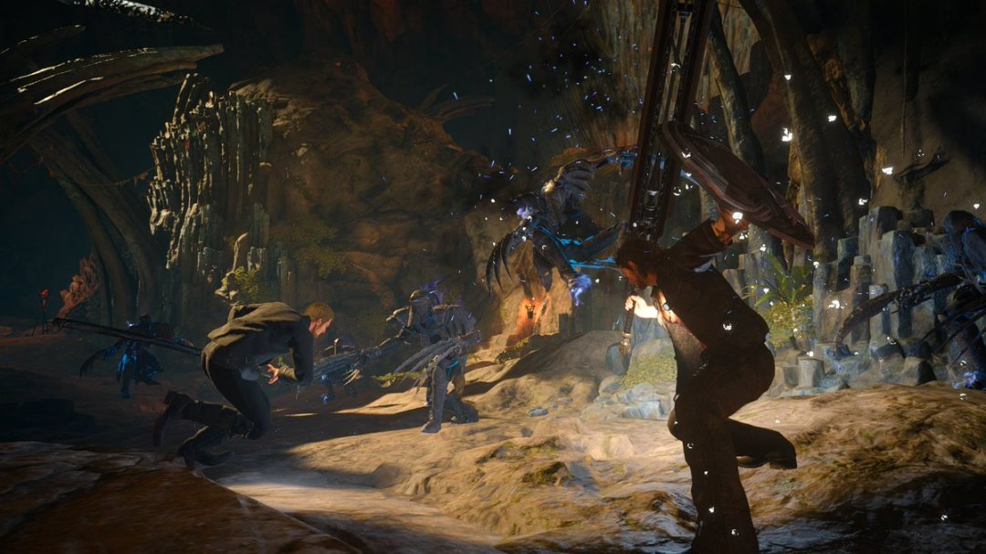 Final Fantasy XV: Episode Gladiolus, Prompto And Booster Pack Dated