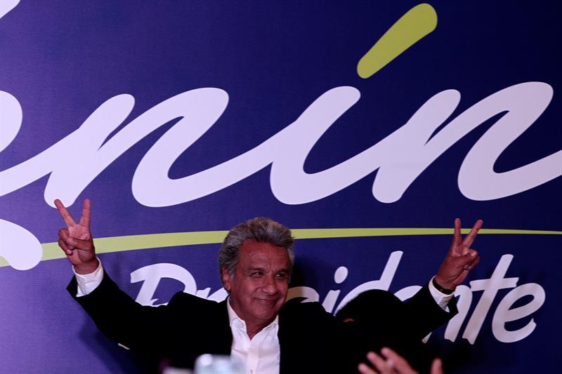 Resultado de imagen para Ecuador: gran victoria de Alianza País