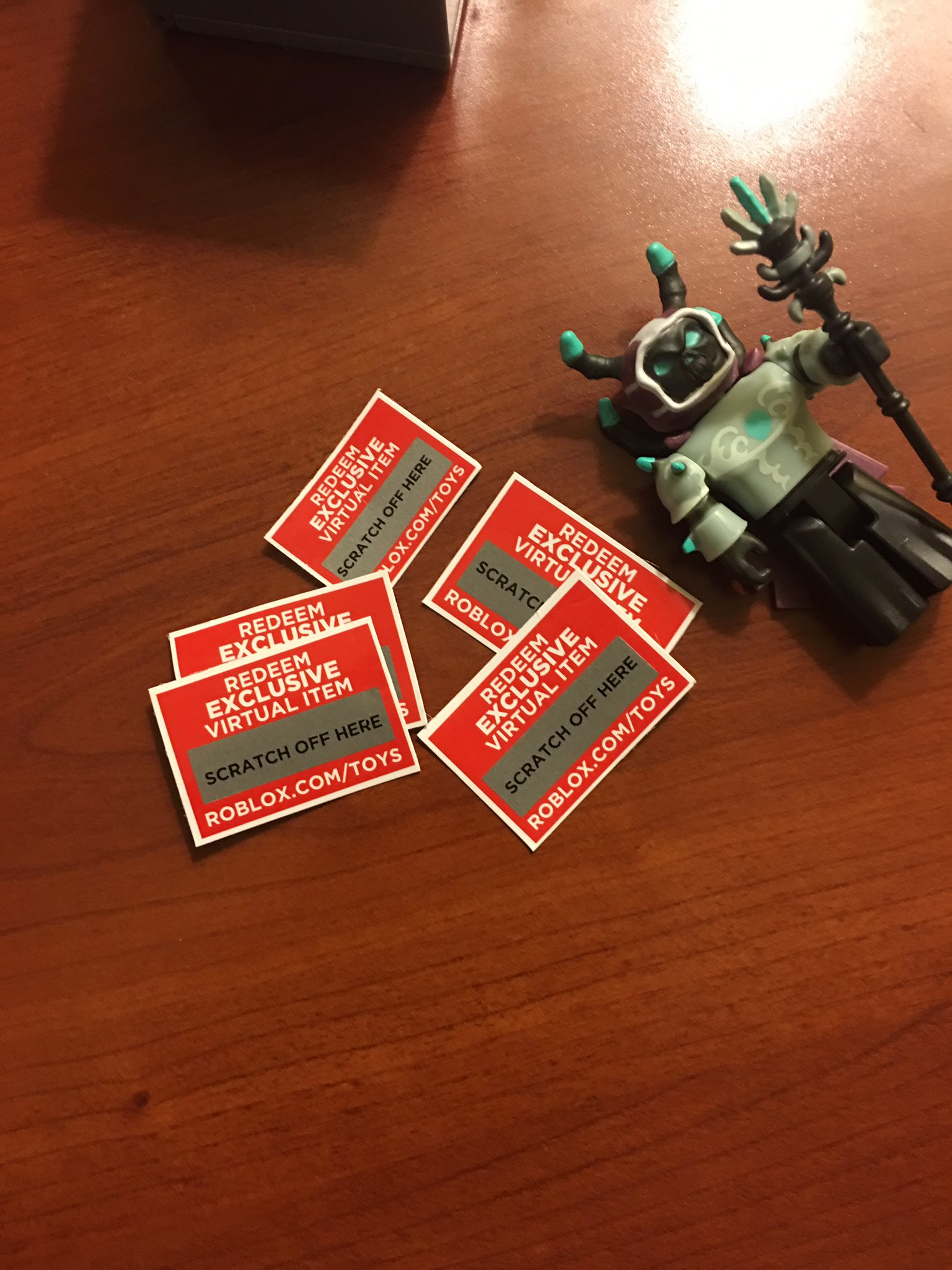 Redeem Roblox Toys : redeem, roblox, Merchaant, Twitter:,